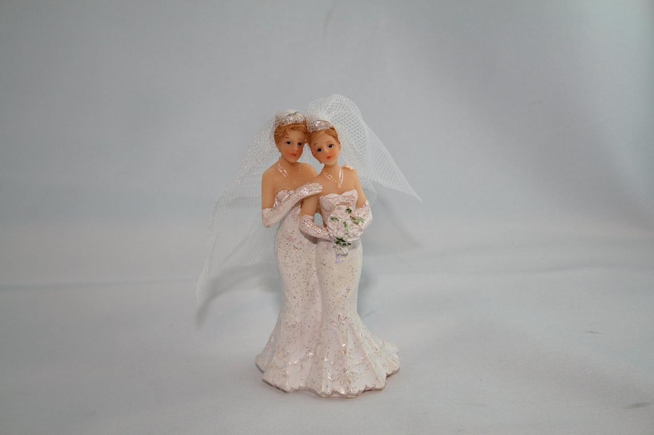couple de maris femme robes blanches pt model - Figurine Mariage Mixte